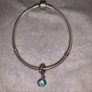 Large size pandora bracelet with one charm